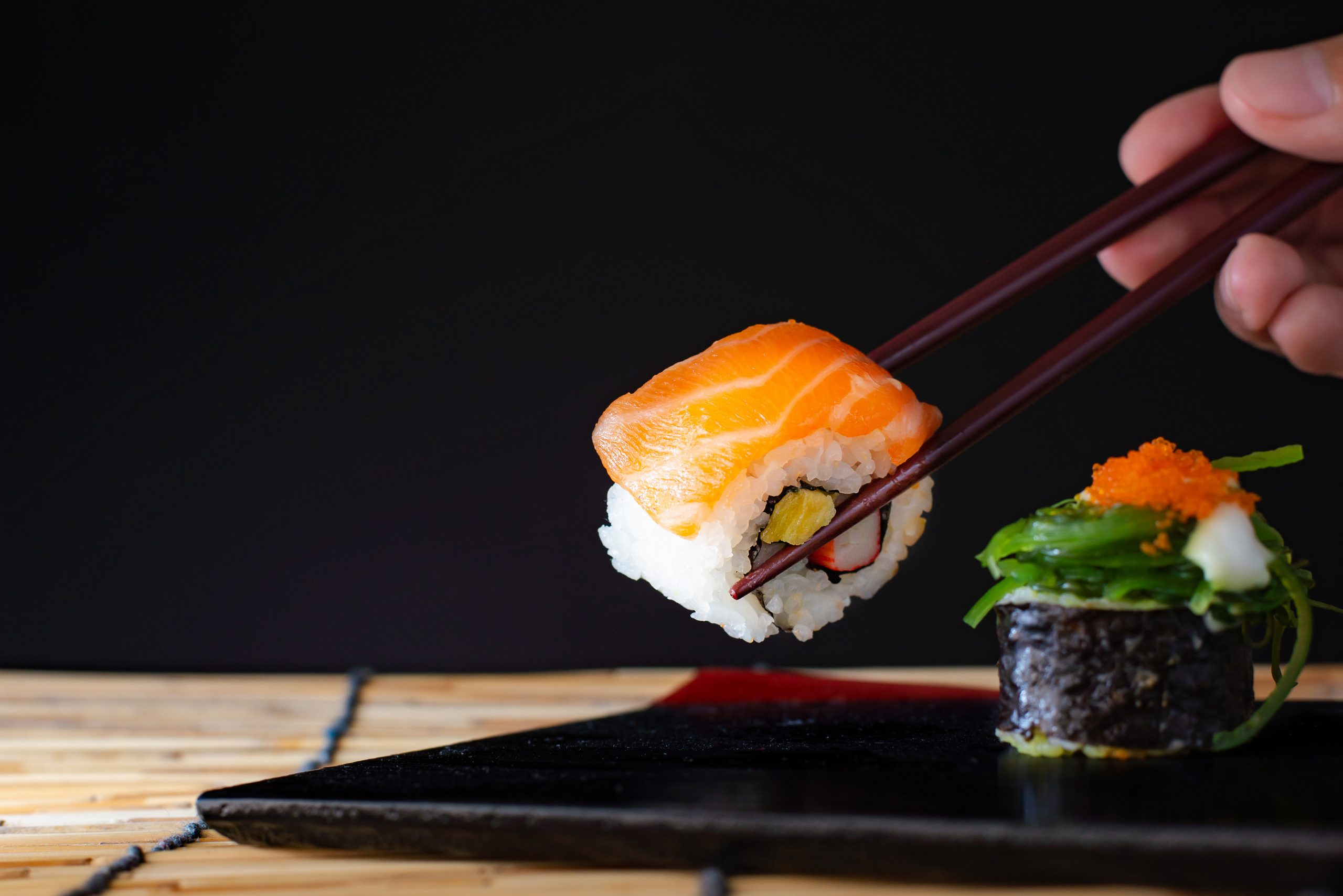 sushi-bg