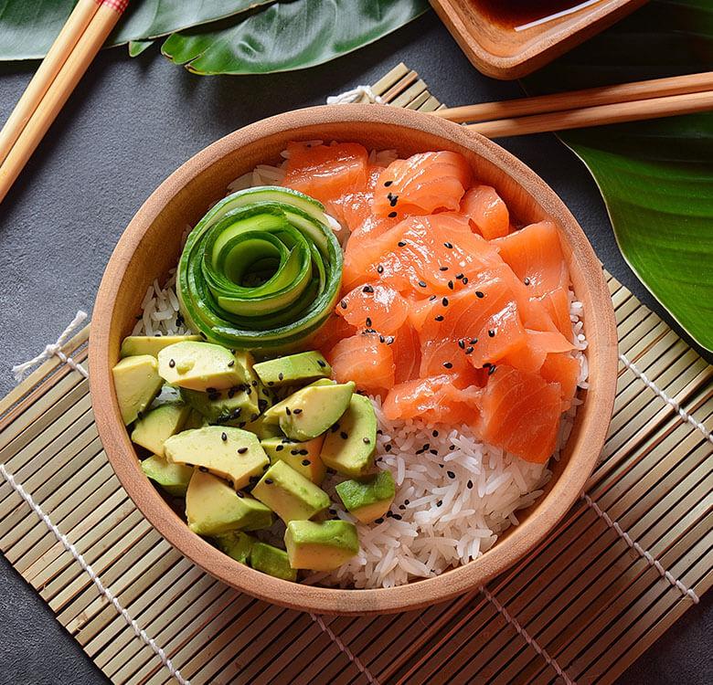 sushibuzz-poke-bowl-au-saumon-dejase